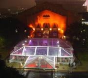 carpas transparentes noche