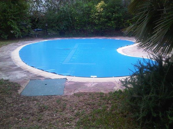 Toldos para cubrir piscinas best lona para piscina lonas for Lonas para tapar piscinas
