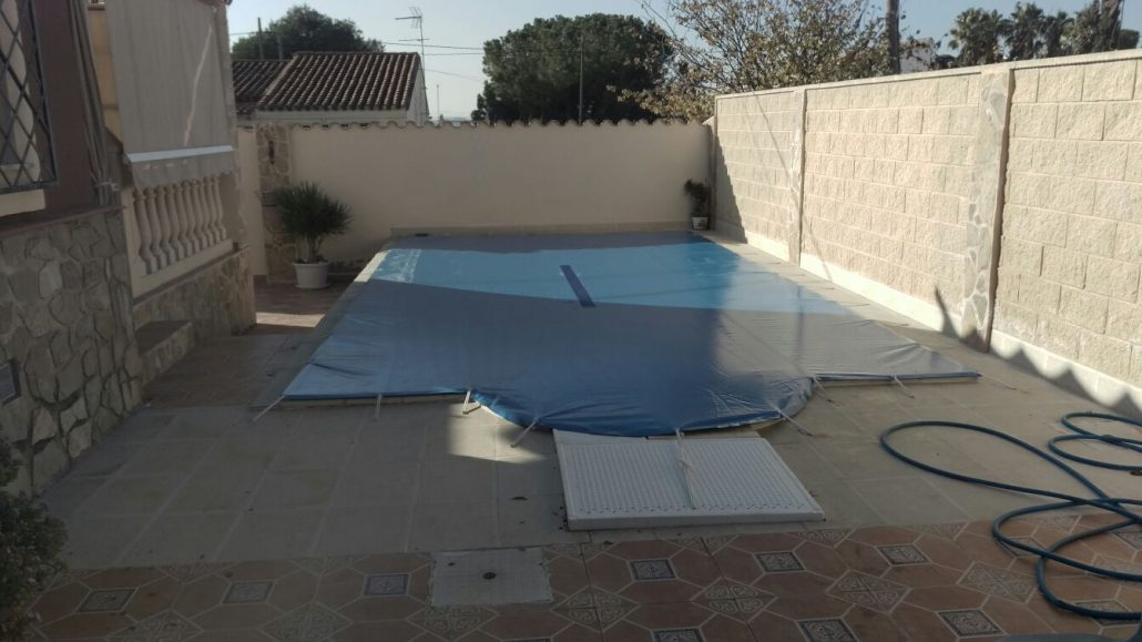 Cubiertas de piscinas lonas para piscinas con lonatec for Cubiertas de lona para piscinas